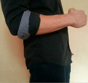 How To Roll Up Your Shirt Sleeves - The perfect master Roll
